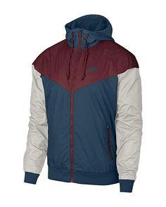 Men s Nike Sportswear Windrunner Jacket Review a0d232752518e