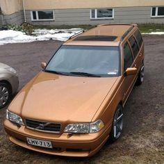 Volvo Wagon, Volvo Cars, Volvo 740, Volvo Estate, Character Activities, Europe Car, Station Wagon, Old School, Bricks