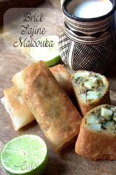 Brick tajine malsouka. Si vous aimez le tajine tunisien, vous apprécierez cette variante en friture qui croustille et qui accompagnera une salade, une soupe.