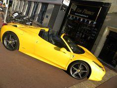 quoi de mieux qu une ferrari 458 pour sublimer les produits dérivés ferrari Ferrari 458, Porsche, Bmw, Italia, Accessories
