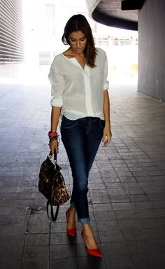 White blouse, jeans, red pumps