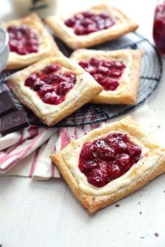 These quick and easy Cherry Cream Cheese Danishes are the perfect on the go breakfast, or sweet treat for the end of the day! Köstliche Desserts, Delicious Desserts, Dessert Recipes, Yummy Food, Health Desserts, Cream Cheese Puff Pastry, Cream Cheese Danish, Danish Food, Puff Pastry Recipes