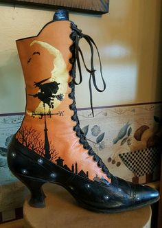 OOAK halloween hand painted witches boot by Rhonda Cable.