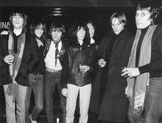 A lot of musical genius in one room: David Johansen, Lenny Kaye, Dee Dee Ramone, Patti Smith, Tom Verlaine, John Cale // 1976, Ocean Club //
