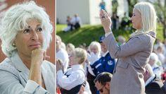 Mona Levin og stående applaus - MENER NORDMENN STÅR OG KLAPPER FOR LETT: Teateranmelder Mona Levin (til venstre) synes stående ovasjoner etter kulturarrangementer generelt er en uting. Til høyre kronprinsesse Mette-Marit etter en utendørskonsert under et besøk i Møre og Romsdal i 2012. - Foto: Berit Roald/Stian Lysberg Solum / NTB Scanpix