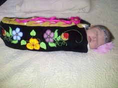 One of my lovely creations -the mossbag not the baby! Native American Dress, Native American Design, Native American Crafts, Native American Fashion, Indian Pics, Indian Pictures, Native Beadwork, Native American Beadwork, Baby Nap Mats