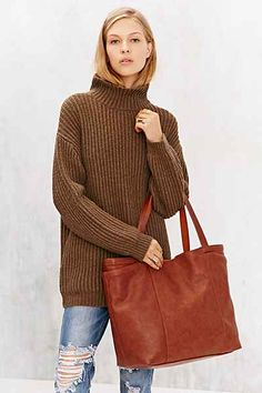 BDG Large Reversible Pocket Tote Bag - Urban Outfitters