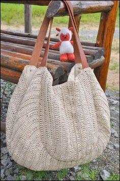 Bolso tejido a crochet ,  con su diagrama  lindos modelitos de la web ,  para hacer lindos regalos