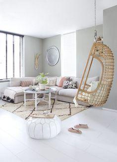 Rotan hangstoel in oosterse sferen - bekijk en koop de producten van dit beeld op shopinstijl.nl