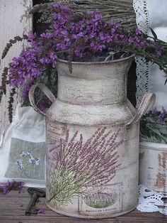 Купить или заказать ' Savon de Lavande'  Бидон. в интернет-магазине на Ярмарке Мастеров. Бидон в стиле Прованс . Послужит прекрасным украшение кухни, дачи, загородного дома. Можно использовать как вазу для живых, исусственных цветов, сухоцвет…