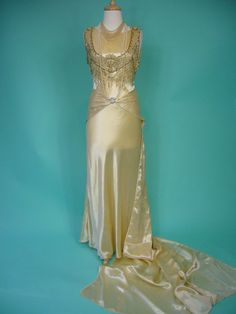 ROYAL Nouveau 1920s Flapper Dripping Beads Wedding Dress Gown – Gorgeous Deco Harlow Egyptian Revival Champagne Silk Cathedral Train