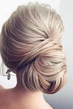 Chignon hairstyles for long hair - Hair For Women İdeas Up Hairstyles, Pretty Hairstyles, Hairstyle Ideas, Formal Hairstyles, Classic Updo Hairstyles, Medium Hairstyles, Wedding Hair And Makeup, Hair Makeup, Hair Wedding