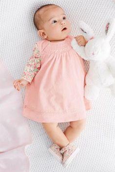 Kaufen Sie Gesmoktes Cordkleid in Pink, Set (0–18 Monate) heute online bei Next: Deutschland