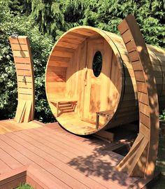 Brand New Outside Zen Garden Barrel Sauna Outdoor Sauna, Outdoor Steps, Outdoor Landscaping, Sauna Design, Cabin Design, Spa Jacuzzi, Portable Sauna, Barrel Sauna, Steam Sauna