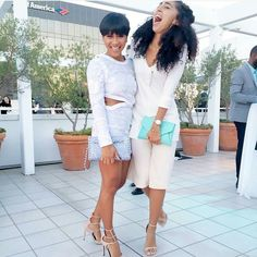 @mayasworld & @shanboody looking fabulous with their Sorial clutches  #repost