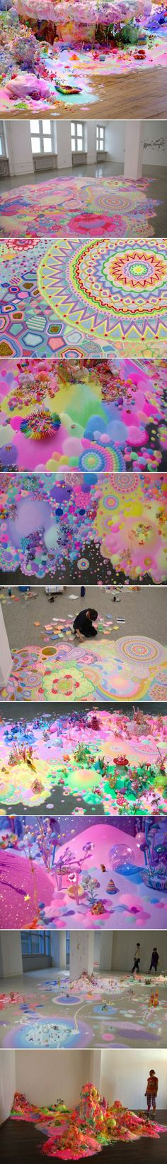 Art Made Using Sugar, Glitter and Small Toys - So Cute!!! http://www.pipandpop.com.au