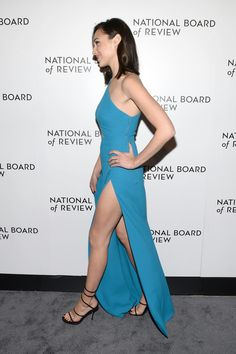 Best Gal Gadot fun on Beautiful Celebrities, Beautiful Actresses, Beautiful People, Gal Gardot, Gal Gadot Wonder Woman, Celebrity Feet, Woman Crush, Mannequins, Sexy Legs