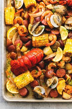 The Best Seafood Recipes for Christmas Eve that you'll need to have a successful and tasty holiday. Muscles, shrimp, calamari and more. The Best Seafood Recipes for Christmas Eve Vanessa Henke Food The Best Seafood Recipes for Christmas Ev Seafood Boil Recipes, Seafood Bake, Seafood Dinner, Dinner Menu, Clam Recipes, Cajun Seafood Boil, Salmon Recipes, Clam Boil Recipe, Sauce Recipes