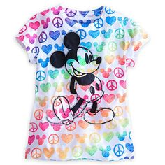 Stand up for peace, love and Mickey Mouse in this retro style tee with a rainbow-colored icon print evoking the swinging 60's.