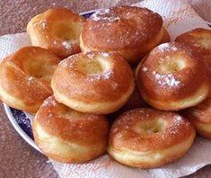 Elronthatatlan szalagos fánk - Blikk Rúzs Donut Recipes, Cake Recipes, Dessert Recipes, Cooking Recipes, Hungarian Desserts, Hungarian Recipes, Baking Muffins, Sweet Cakes, Winter Food