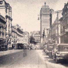 Sao Joao Avenue, early 30's.  Sao Paulo / Brazil