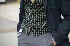 Contrast waistcoat print.