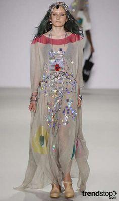 Pocahontas Pretty - Native American Fashion (GALLERY)