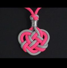 How to Make the Double Celtic Knot (Paracord) Medallion by TIAT