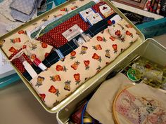 Sewing kit in a lunch box. How good is this for car trips!?! No tutorial, but its looks simple enough!