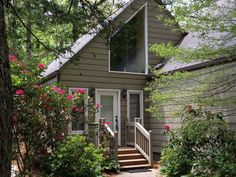 River Run unit for sale in Sapphire, NC!  This is close to the Sapphire Valley amenities :)