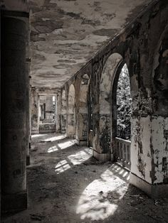 Sanatório dos Ferroviários - Covilhã, Portugal. One of the many beautiful abandoned sanatoriums and hospitals in Portugal.