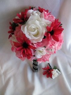 Pink white Roses and Daisies  Bridal silk flower bouquet and boutonniere