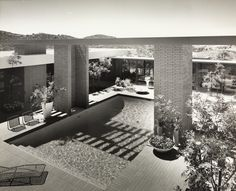 Case Study House No. 28 91 Inverness Road Thousand Oaks, CA. 1966. Buff, Hensman and Associates architects