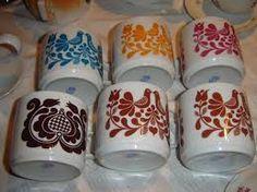 Image result for alföldi porcelain green pattern Green Pattern, Tea Pots, Retro Vintage, Mugs, Glasses, Tableware, Eyewear, Eyeglasses, Dinnerware
