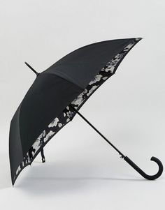 Shop the latest Fulton Bloomsbury 2 Mono Floral Umbrella trends with ASOS! Free delivery and returns (Ts&Cs apply), order today! Mono Floral, Floral Umbrellas, Her Majesty The Queen, Heritage Brands, Rain Wear, Bloomsbury, Fulton, Floral Design, Asos