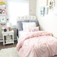 Create a sophisticated look for your room by adding this Argona twin bed. Upholstered in silk-like shantung, this bed boasts an abundance of carefully handcrafted diamond tufts. Its unique silhouette and plush foam padding combine to create the perfect balance between fashion and comfort. Matching upholstered bed panels included.