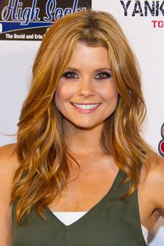 Gorgeous Aubergine and Gold Eye Makeup Look on JoAnna Garcia