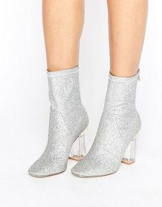 Public Desire | Botines tipo calcetín con purpurina y tacón transparente…