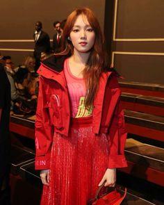 Lee sung kyung 2019 Korean Actresses, Asian Actors, Actors & Actresses, Lee Sung Kyung, Chloe Dress, Dior Dress, Joo Hyuk, Ootd Fashion, Fashion Ideas