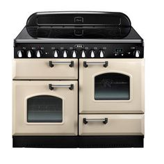 that is a sexy oven. would be nice to have this look with gas burners