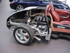 Boxster 986 cut away showing mid engine layout