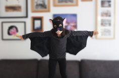 Bat halloween costume. T shirt and bat mask set. by bymamma190