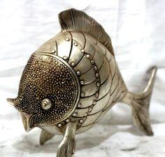 Art Haus, Tibetan Buddhism, Goldfish, Asian Art, Statues, Art Deco, Chinese, Sculpture, Small Fish