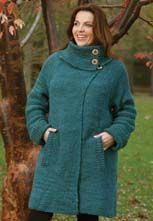 I love this coat and its a free pattern, pity it starts at a size 16, I will need to cut it down.