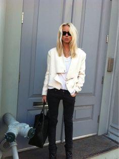 Elin Kling - Swedish fashion blogger She runs a Scandinavian fashion blog called Style by Kling
