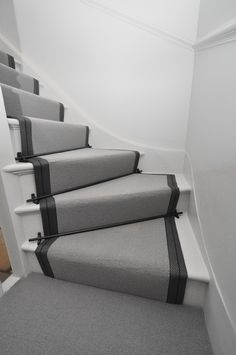 Wool Stair Runners Bowloom wool carpet, bound with Stripe T - colour 1 binding tape & Atlantic - Austin Black stair rods. Stair Carpet Rods, Stair Rods, Carpet Stairs, Black Carpet, Beige Carpet, Narrow Hallway Decorating, Room Carpet, Victorian Hallway