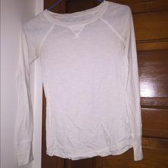 Long sleeve shirt Nice long sleeve shirt. Worn a couple times. SO Tops Tees - Long Sleeve