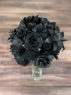 Paper Flowers, Paper Flower Bouquet, Paper Bouquet, Gothic Bouquet, Black Wedding, Goth Wedding, Black Bouquet, Black Flowers, Dark Bouquet by PaperBlossomByMichal on Etsy https://www.etsy.com/listing/591101271/paper-flowers-paper-flower-bouquet-paper