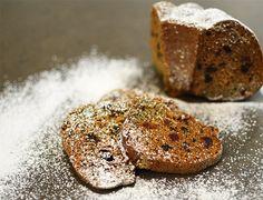Neljä askelta jouluun: Mamma Mia mikä maustekakku! | Paulig.fi Mamma Mia, Coffee Shop, Bread, Cookies, Chocolate, Desserts, Food, Coffee Shops, Crack Crackers