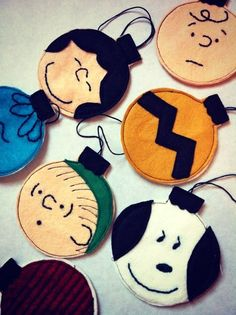 HoliDIY: Charlie Brown Christmas Ornaments #DIY #Holiday #Christmas #Peanuts #CharlieBrown #Crafts #Ornaments